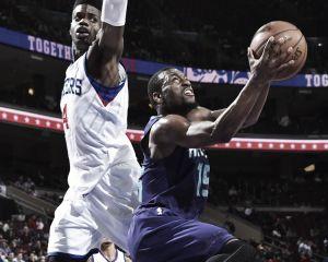 Los Hornets abusan del peor equipo de la liga