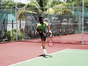 Con título en el Circuito Crédito Real, Tigre Hank se convierte en la mejor raqueta de México