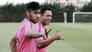 Neymar ya entrena con normalidad