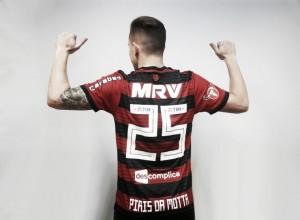 Ex-San Lorenzo, volante Piris da Motta é anunciado como novo reforço do Flamengo