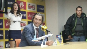 "Juan Antonio Pizzi: ""Confío en que podemos darle vuelta a esta eliminatoria"""