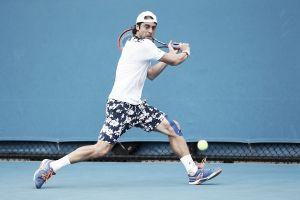 Australian Open: impresa Lorenzi, battuto Dolgopolov