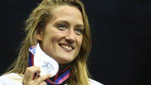 Mireia Belmonte reafirma su gusto por los retos con una plata