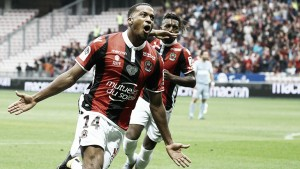 Alassane Pléa se aleja más de la Ligue 1