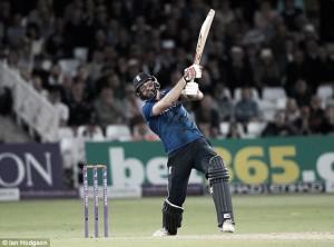 England vs Sri Lanka 1st ODI: Plunkett plunders six off final ball to secure dramatic tie