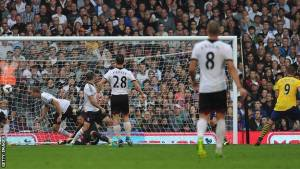 El Arsenal coge aire en Craven Cottage