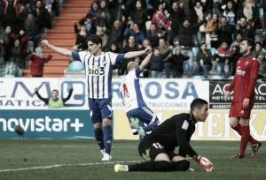 La Ponferradina respira gracias a un gol de Basha al Numancia