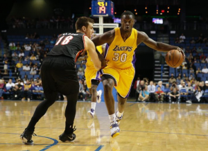 Julius Randle Shines As Los Angeles Lakers Beat Shorthanded Portland Trail Blazers