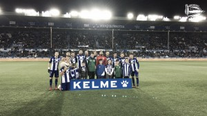 El Alavés asoma la cabeza gracias a vencer a Las Palmas