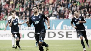 Volland regala la primera victoria al Hoffenheim