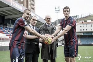 Ansotegi y Radosevic son presentados como nuevos jugadores del Eibar