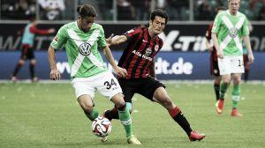 El Wolfsburgo salva un punto en el último minuto
