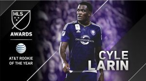Cyle Larin, AT&T Rookie del Año 2015