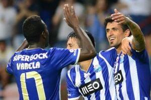 El Porto abusa del Atlético y ya piensa en el Benfica