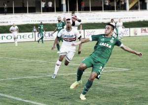 Com gols nos acréscimos, Anápolis e Goiás empatam no Jonas Duarte