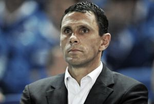 Poyet in contention for Leeds United job