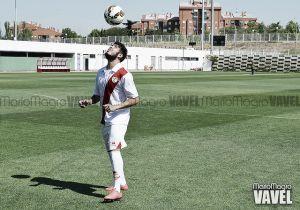 Fotos e imágenes de la presentación de Alejandro Pozuelo como nuevo jugador del Rayo Vallecano