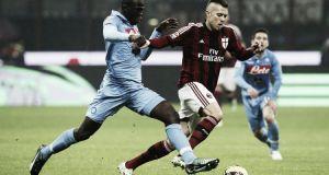 Il Milan vola a Napoli con la testa alle vicende societarie