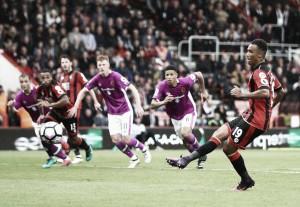 Bournemouth y una fiesta de goles ante Hull City