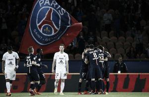 PSG bate Metz em partida atrasada e se isola na liderança da Ligue 1