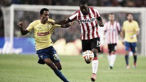 De Jong sella el triunfo del PSV ante un flojo Estoril