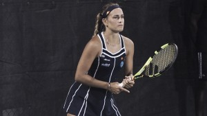 WTA Washington: Monica Puig survives early scare, edges out Oceane Dodin in three sets