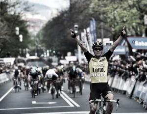 Giro dei Paesi Baschi, colpo Roglic a Bilbao. De La Cruz ancora in maglia gialla
