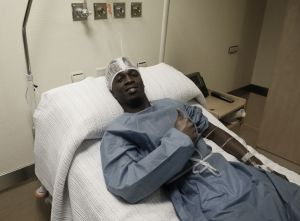 Koné, operado con éxito