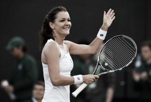 Radwanska tira de constancia para pasar a tercera ronda