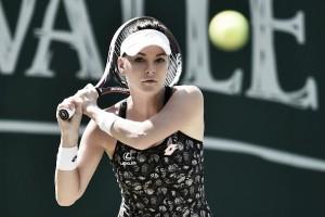Radwanska joga bem e triunfa sobre Ostapenko rumo às semis de Eastbourne