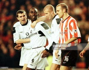 Former Sunderland midfielder Alex Rae says Alex McLeish is the man to fill the vacant managerial role on Wearside
