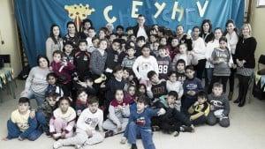 Los alumnos del Colegio Guitarrista Tàrrega acogen a Cheryshev
