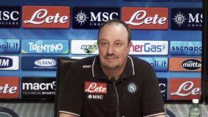 """Napoli, Benitez: """"Vietato pensare alla Roma, adesso sotto con l'Atalanta"""""""