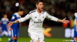 Sergio Ramos dejó el partido con molestias en el muslo