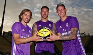 Modric, Ramos y James se suman al último entrenamiento