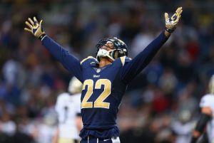 Los Rams embisten los playoffs de los Saints