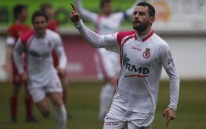 Raúl Torres ficha por el CF Badalona
