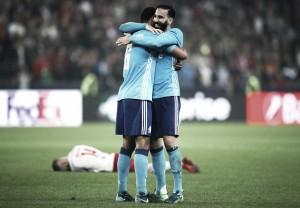 Lance polêmico garante Marseille na final da Europa League mesmo com derrota para Salzburg