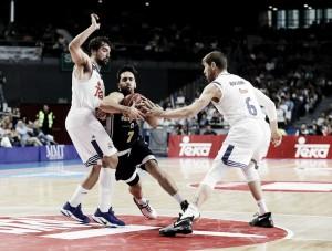 El Madrid supera al UCAM en un excelso duelo entre Llull y Campazzo