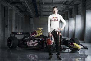 Max Verstappen, nuevo piloto de Toro Rosso para 2015