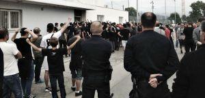 Torcida do Nice protesta com bombas e fogos de artifício e interrompe treino pela segunda vez na temporada