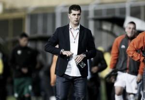 Ismael Rescalvo dejó de ser entrenador de Envigado FC