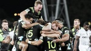 Los neozelandeses, a todo babor en la octava semana del Super Rugby