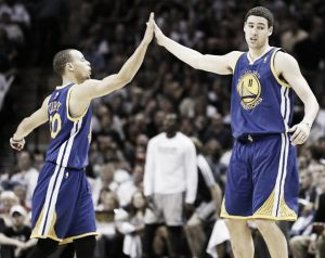 Resumen NBA: Warriors y Cavaliers se muestran intratables