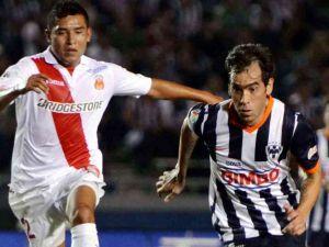Monarcas - Monterrey: lucha entre dos realidades