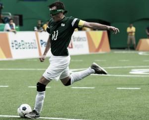 Da fratura na fíbula ao gol do ouro paralímpico: Ricardinho comemora tetra brasileiro