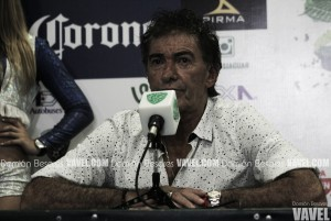 Ricardo La Volpe, contento con sus jugadores