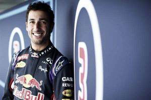 """Daniel Ricciardo: """"El equipo quiere volver a lo más alto"""""""
