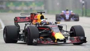Formula 1 - Riscossa Ricciardo nella FP2 in Messico