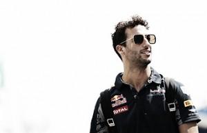 """Daniel Ricciardo: """"Parece como si fueses más rápido en la noche"""""""